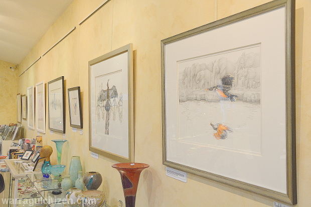 Paintings-by-Janet-Matthews-on-display-at-the-Town-Country-Gallery-yarragon-by-william-pj-kulich-for-warragul-baw-baw-citizen